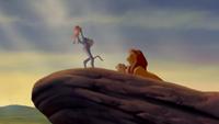3x21 anecdotes références à Disney Le Roi Lion L'Histoire de la Vie présentation Simba Rocher du Lion