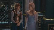 4x08 Anna urne magique Elsa discussion couloir château d'Arendelle