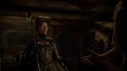 6x03 Madame de Trémaine canne soulier de verre menace Cendrillon Ella