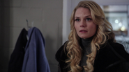 1x15 Emma Swan annonce preuves contre Mary Margaret