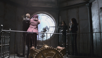 2x15 David Nolan Mary Margaret Blanchard mort Johanna Regina Mills Cora dague magie tour de l'horloge Storybrooke meurtre assassinat projection