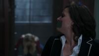 Regina 1x22