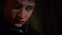 6x16 Henry Mills yeux blancs