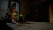 6x01 Méchante Reine Regina dissociée Sérum cocktails verts ferme de Zelena proposition