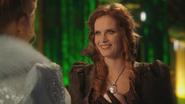 3x20 Cité Palais d'Émeraude Glinda Gentille Sorcière du Sud Zelena Méchante de l'Ouest pendentif collier sœurs d'Oz