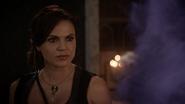7x06 Regina fumée violette Javotte téléportation