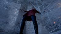 6x16 Emma Swan toile d'araignée collée épée manoir du Sorcier