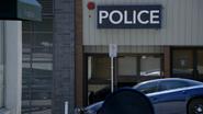 7x01 poste de police Hyperion Heights