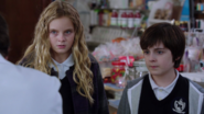 1x09 Nicholas Ava vol sucreries