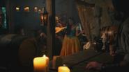 4x15 Ursula jeune humaine chanson Fathoms Below Dans les Profondeurs de l'Océan bar taverne restaurant