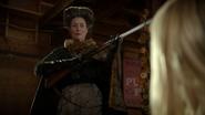 6x03 Madame de Trémaine fusil menace Ashley Boyd