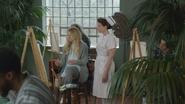 6x21 Emma Swan Infirmière Ratched arrivée interruption séance peinture toile art-thérapie service aile psychiatrique