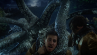 6x06 Kraken étrangle Crochet Liam Jr