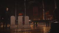 5x13 Hadès repaire source des Enfers tombes pierres tombales vierges Killian Jones Capitaine Crochet châtiment punition sentence mise à l'épreuve choix trois âmes