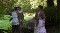 W1x06 Alice maison retrouve père Edwin Sarah Millie
