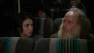 4x19 Lily Page Apprenti Sorcier autobus fauteuil discussion