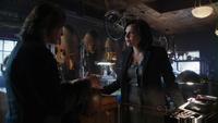 Gold Regina 1x19