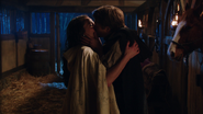 1x18 Daniel Regina jeune ensemble baiser embrassent promesse fuite mariage