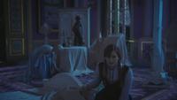 4x08 Elsa Kristoff Anna chambre princesses Reine d'Arendelle château