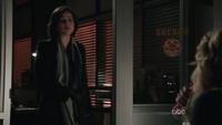 Regina Emma 1x14