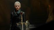 5x05 Emma Swan Cygne Noir Ténébreuse Excalibur cave sous-sol maison demeure manoir