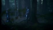 5x08 Forêt Emma Swan menace Excalibur Roi Arthur Killian Jones
