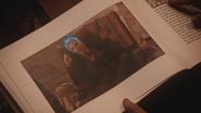 5x15 page livre illustration image Hadès servante pédicure crâne flammes bleues dieu des Enfers