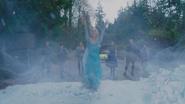 4x11 Killian Jones Capitaine Crochet Henry Mills Emma Swan Elsa Reine des Neiges Anna Kristoff Mary Margaret Blanchard mur de glace détruit Storybrooke libérée