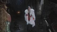 4x12 Ursula Cruella d'Enfer Maléfique rottweiler rencontre