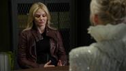 4x07 Emma Swan Ingrid Reine des Glaces interrogatoire aveux passé refus