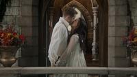 6x20 Prince David Charmant Blanche-Neige fin chanson Powerful Magic baiser balcon palais chambre royale