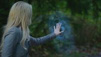4x11 Emma Swan barrière magique frontière ville Storybrooke