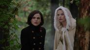 6x11 Emma et Regina dans la Forêt