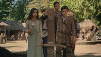 5x04 Guenièvre Kay Arthur enfants épée village Camelot