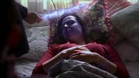 2x21 Mère Supérieure soigne Regina