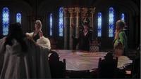 4x13 Maléfique Cruella D'Enfer Ursula Blanche-Neige table salle conseil proposition aide sort noir arbre de la sagesse