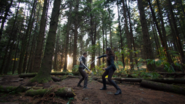 7x08 Henry Ella combat forêt