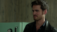 6x07 Killian Jones Crochet maison Swan réaction dégoût relation M. Gold Méchante Reine