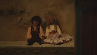 1x05 marionnettes de bois Stephen Donna