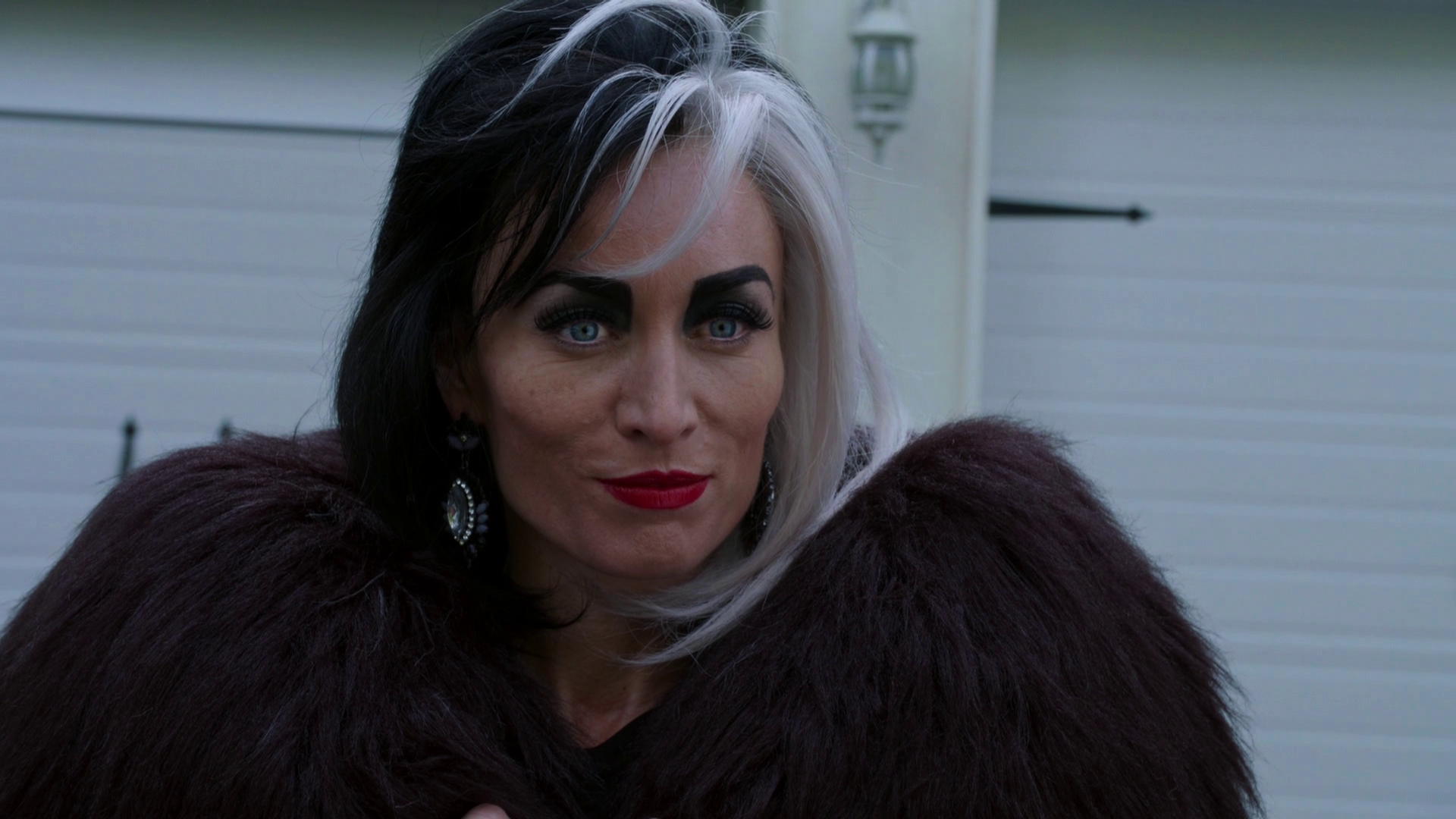 5cbb99df757f1 Cruella De Vil | Once Upon a Time Wiki | FANDOM powered by Wikia