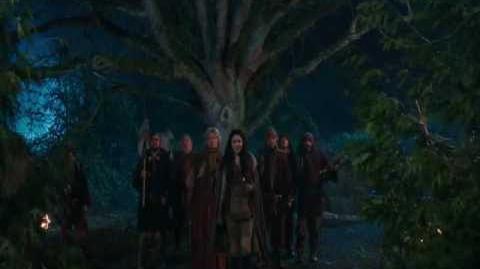 1x21 - An Apple Red as Blood - Sneak Peek 5
