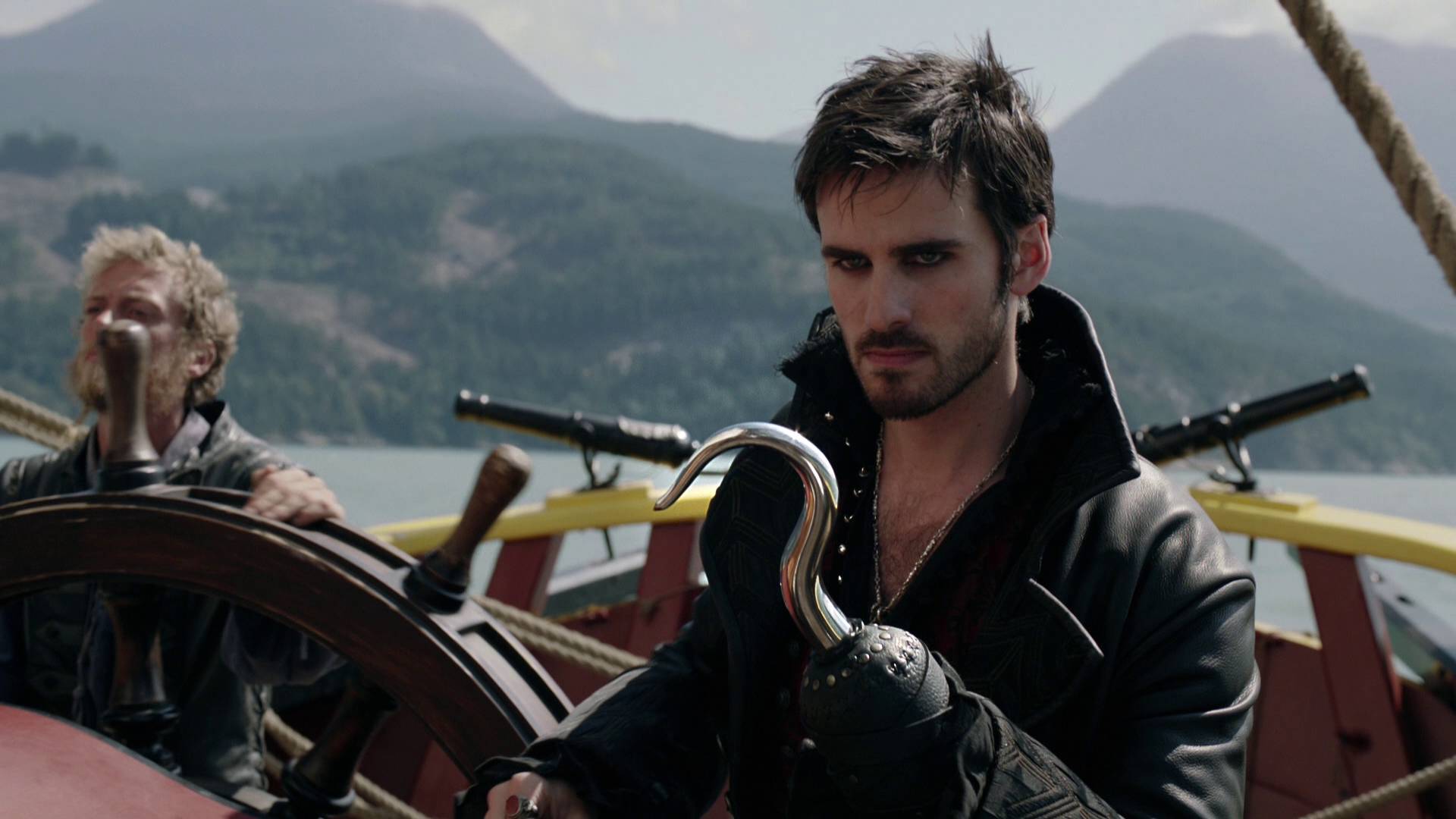 Does hook and emma hook up