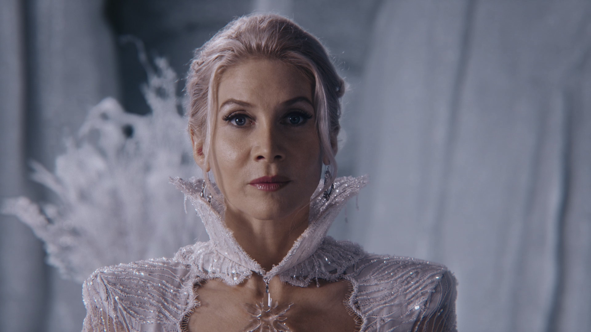 Once Upon a Time: Queen of All, Enemy Inside (The Villains)