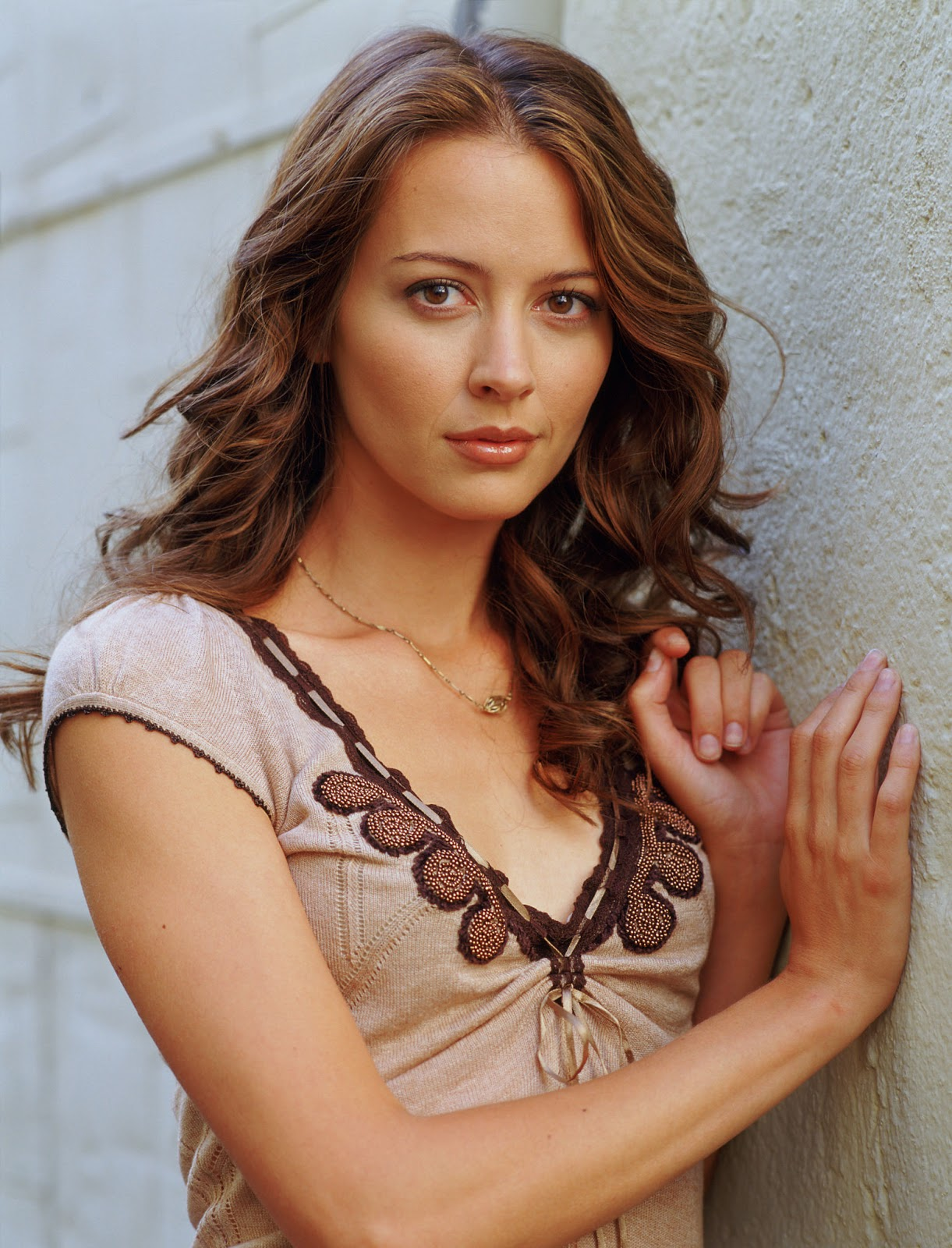 Amy Acker photo shoot