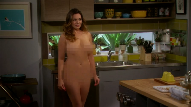 File:Kelly Brook nude One Big Happy pilot (14).png