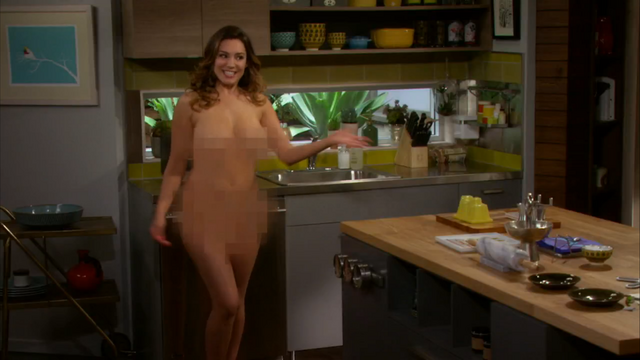 File:Kelly Brook nude One Big Happy pilot (18).png