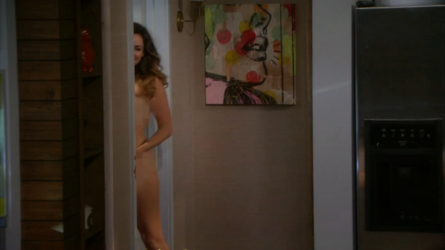 File:Kelly Brook nude One Big Happy pilot (47).png