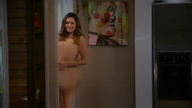 File:Kelly Brook nude One Big Happy pilot (44).png