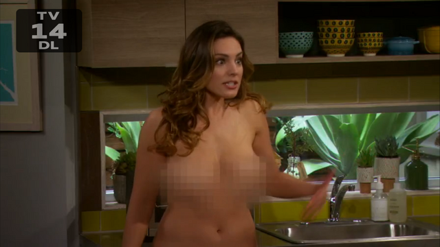 File:Kelly Brook nude One Big Happy pilot (15).png