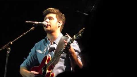 """This Town"" (Acoustic) - Niall Horan - KIISJingleBall 2016 - Los Angeles, CA - 12 02 2016"